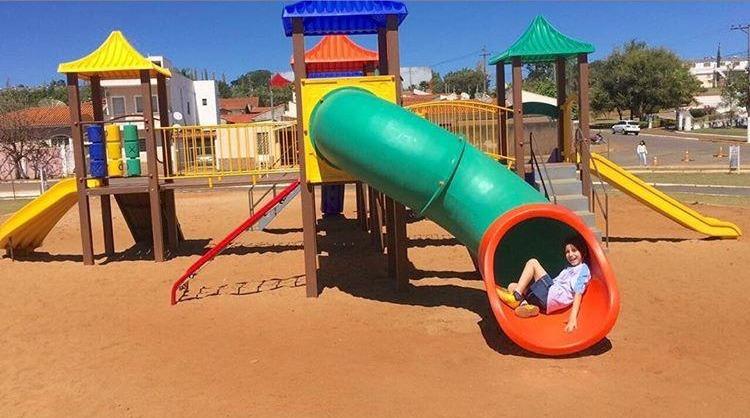 Com recursos próprios, Heliton do Valle adquire playground para Itararé (SP)