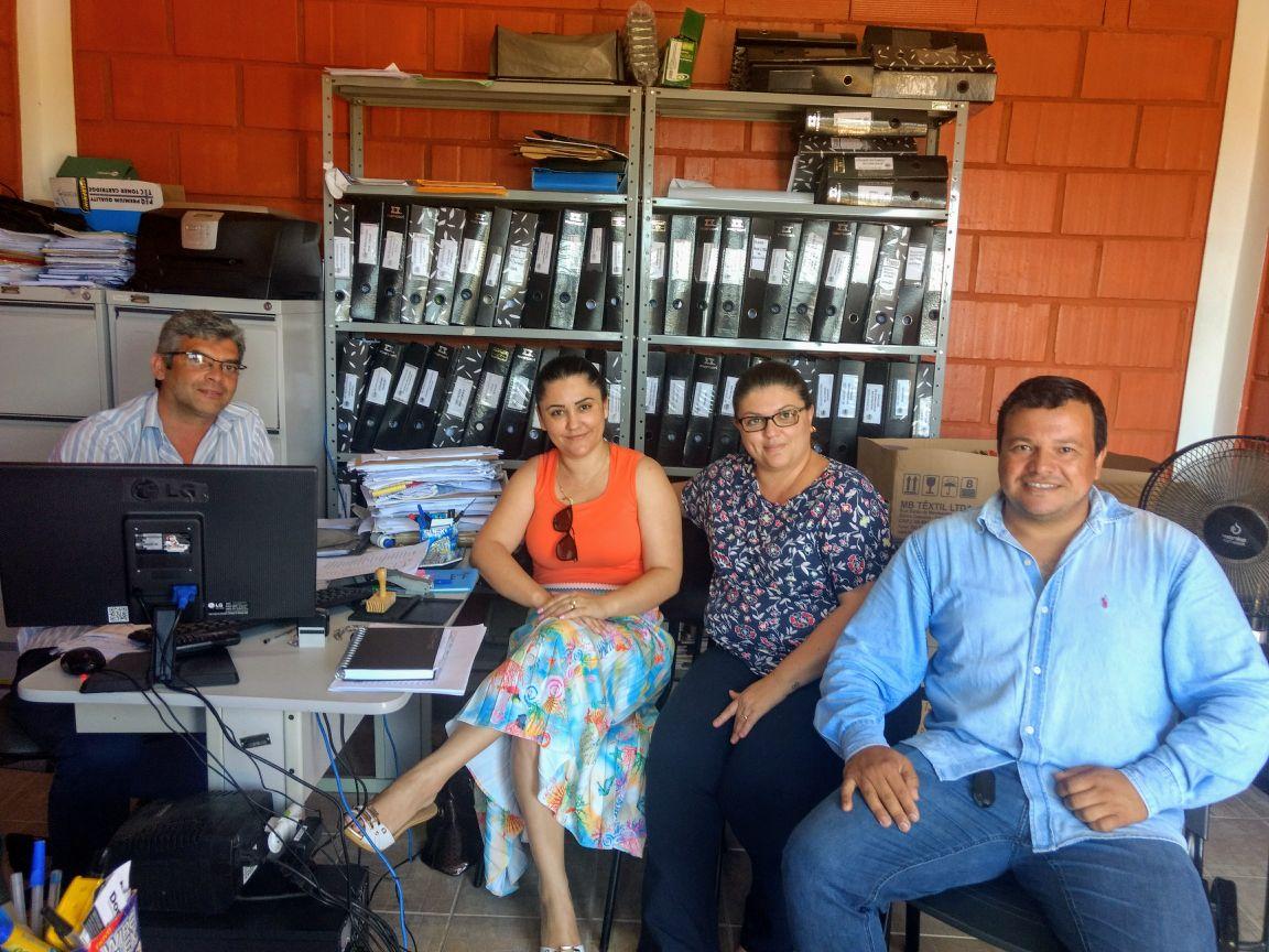 Educação de Itararé (SP) participa de reunião em Bom Sucesso de Itararé (SP)