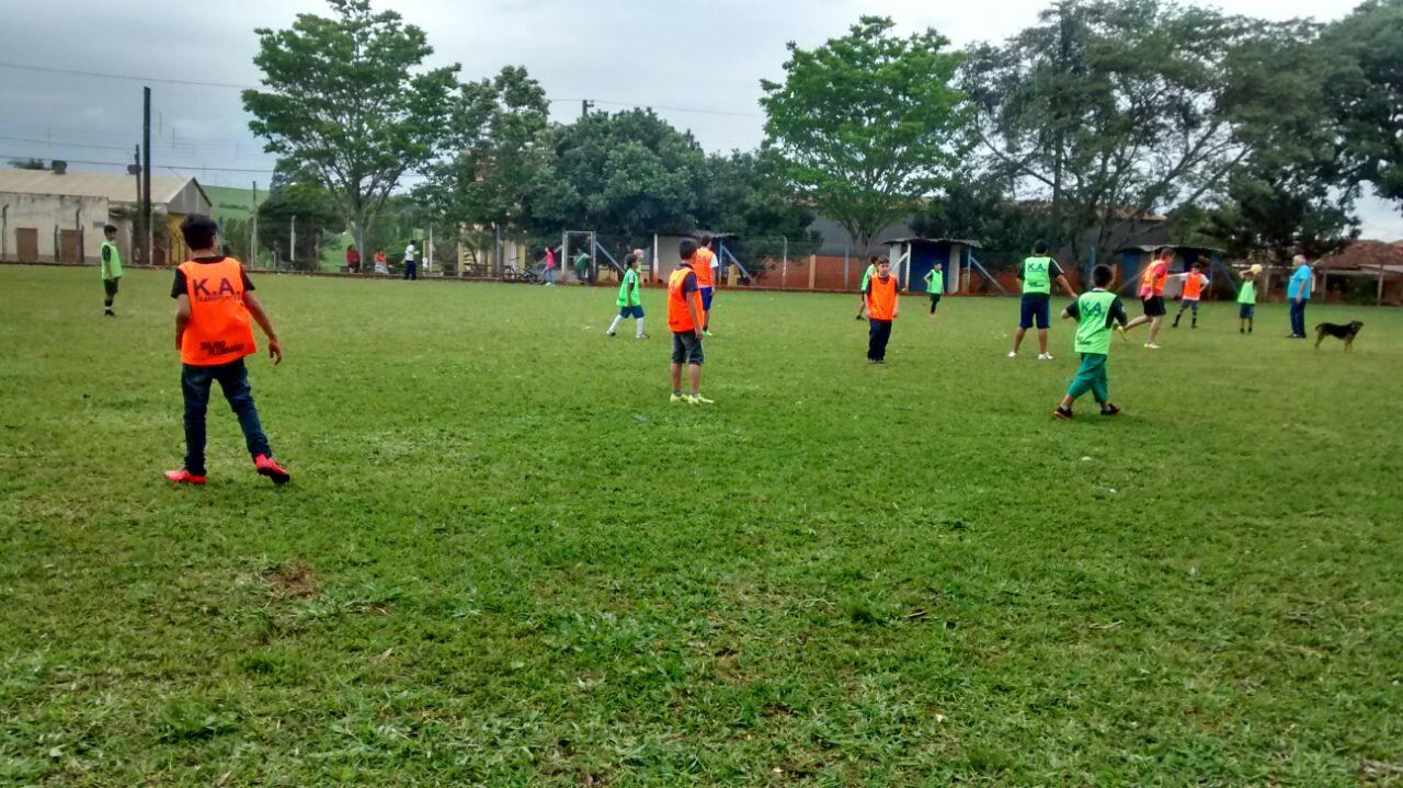 Itararé (SP) inaugura escolinha de futebol no bairro do Cerrado