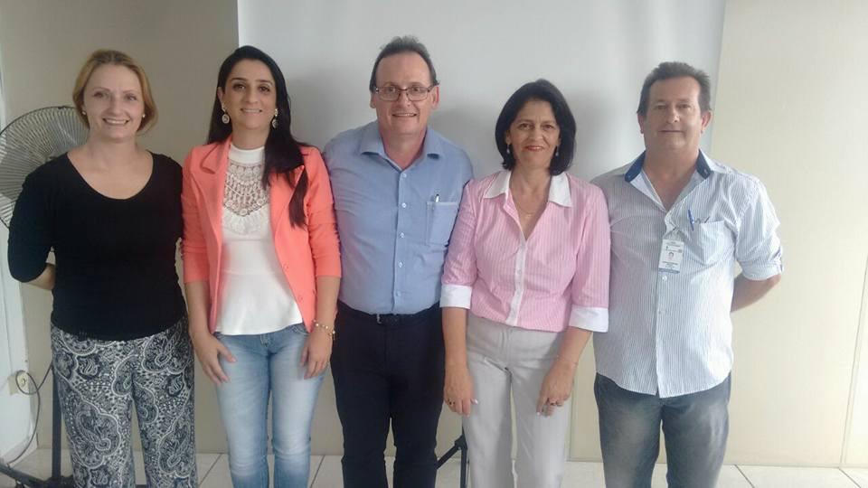 Funcionários da Coordenadoria de Habitação de Itararé (SP) participam de treinamento da CDHU