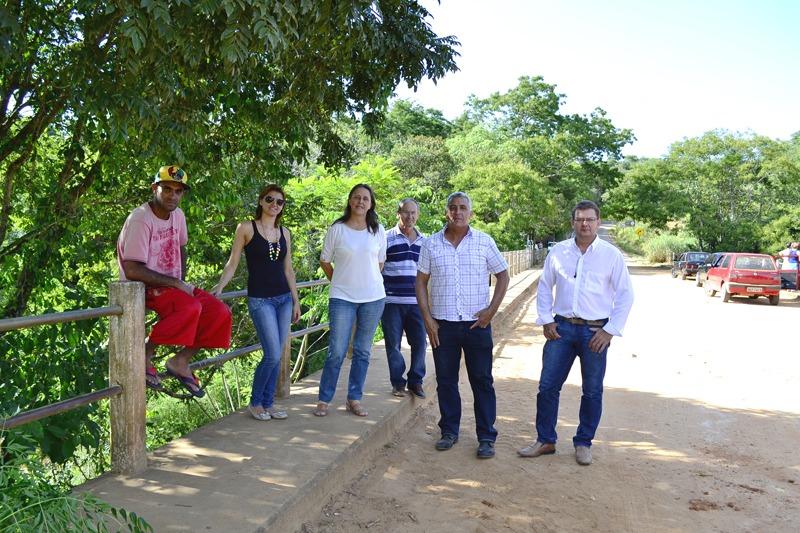 Distrito de Pedra branca recebe obras de conservação em suas vicinais