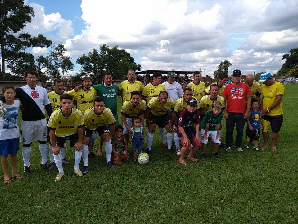 Distribuidora Souza é campeã do Campeonato Municipal de Futebol em Itararé (SP)