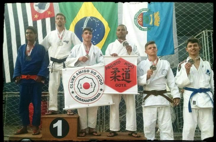 Judô de Itararé (SP) sobe ao pódios nove vezes no III Torneio do Projeto Goya