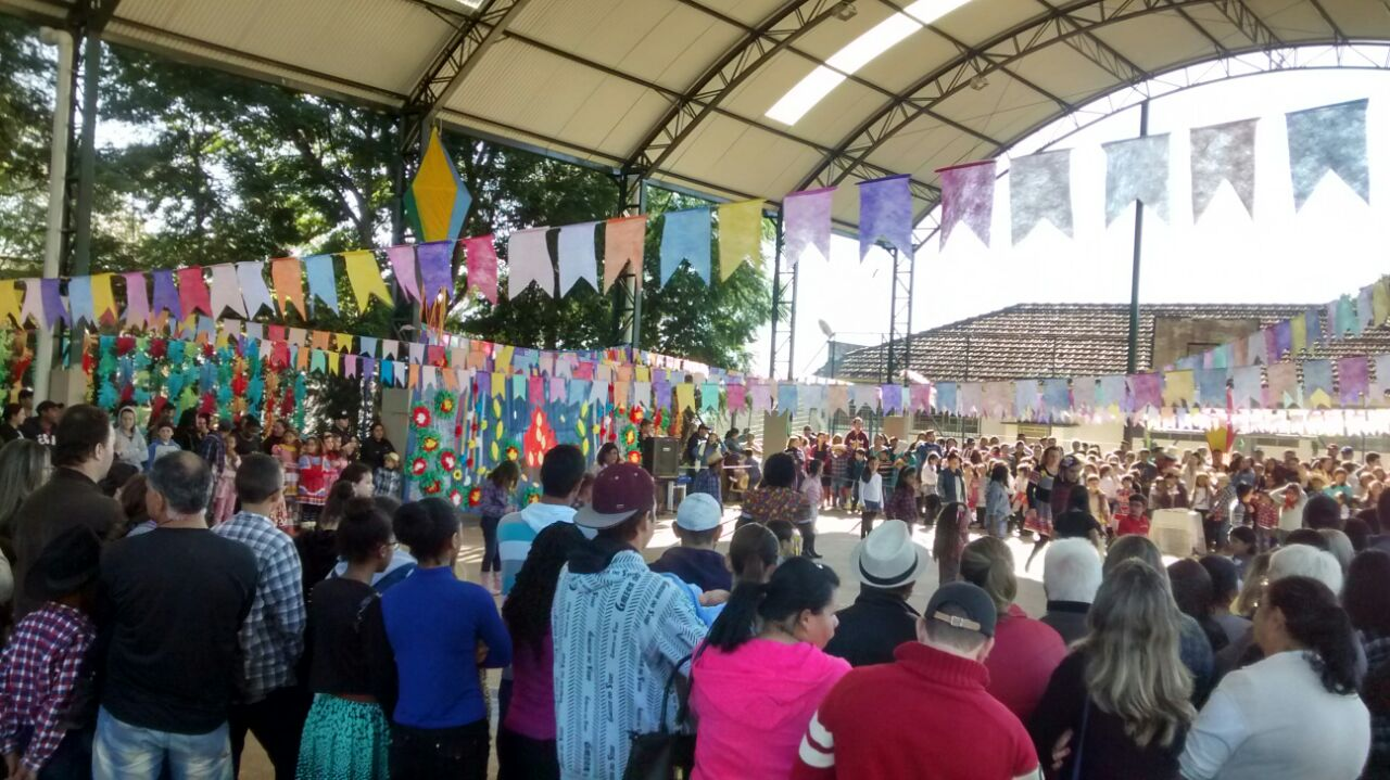 Escolas encerram sábado (21) festas julinas em Itararé (SP)