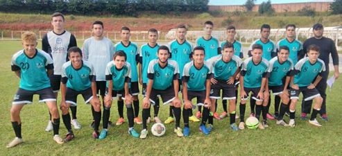 Equipes de Itararé estreiam com vitórias nos Jogos da Juventude