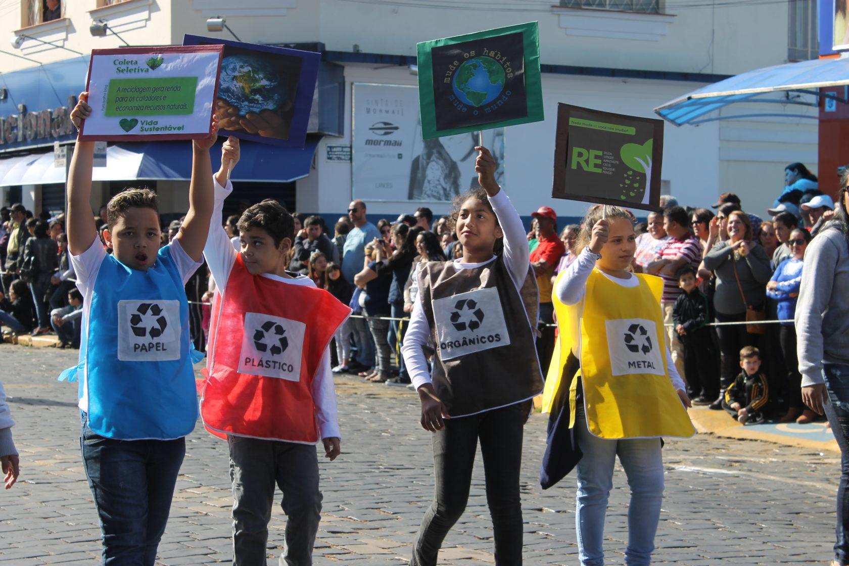 Itararé (SP) 125 anos: Desfile cívico comemora aniversário da cidade