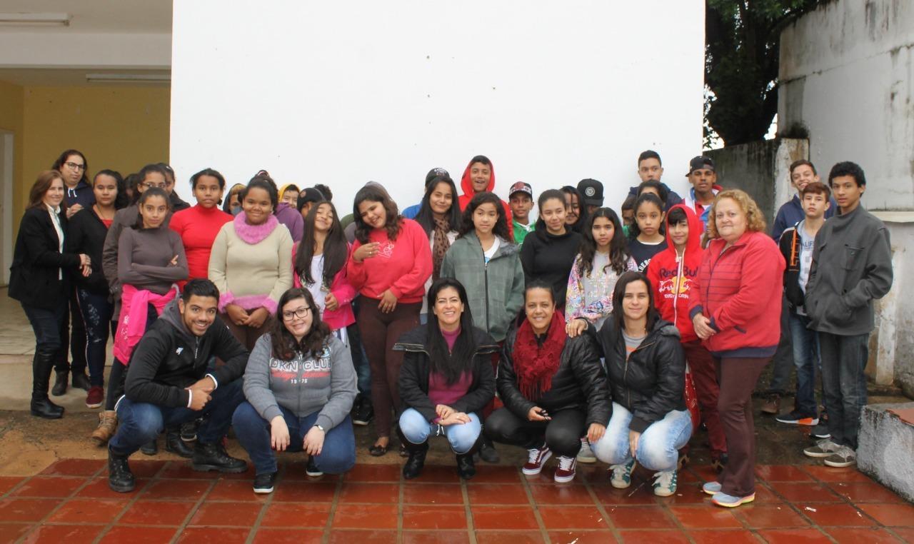 EM Pres. Juscelino Kubitschek, em Itararé (SP), contempla alunos vencedores do projeto 'Disciplina Premiada'