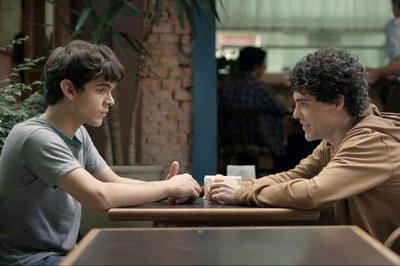 Sexta-feira (13) tem 'Hoje eu quero voltar sozinho' no Cinema Gratuito em Itararé (SP)