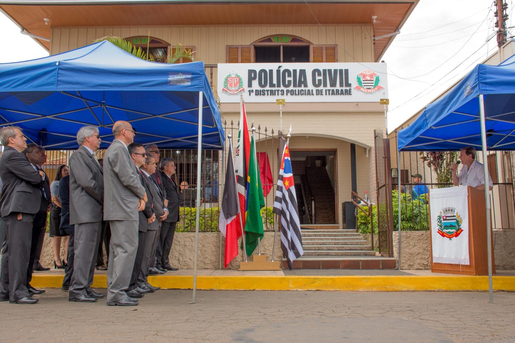 Prefeito de Itararé (SP) inaugura novas instalações do 1º DP do município