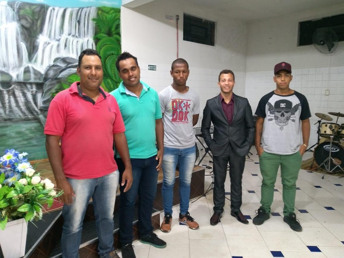 Agenda Cultural: Banda Celestial é atração desta quarta-feira (25) na Feira da Lua em Itararé (SP)