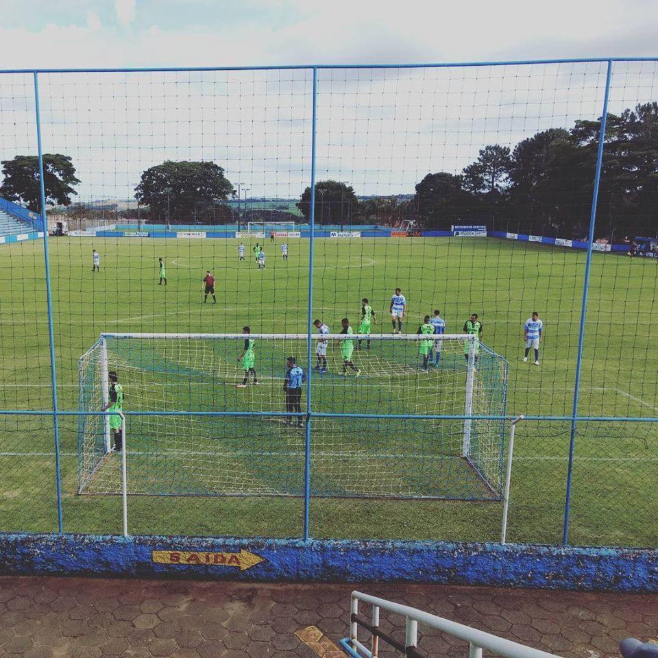 Palestra Cruzeiro goleia Meninos da Vila pelo Campeonato Municipal de Futebol em Itararé (SP)