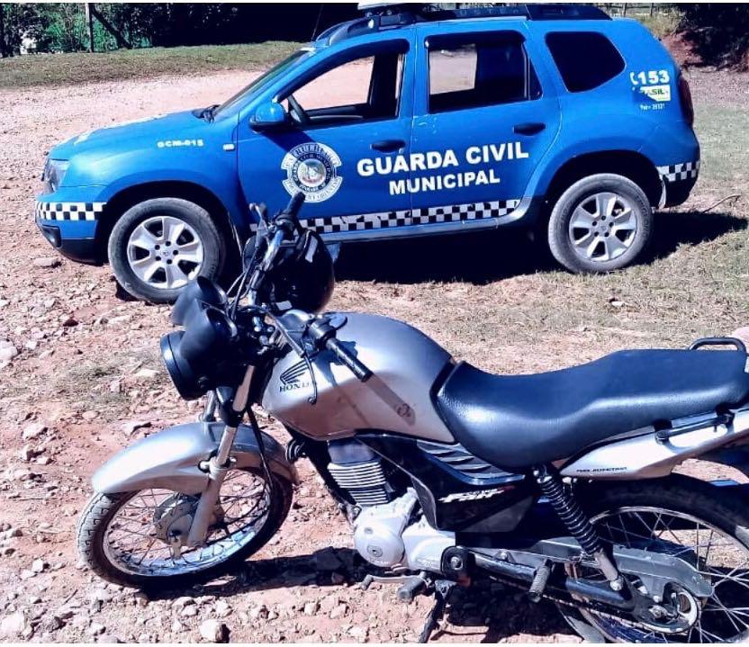 GCM de Itararé (SP) recupera moto furtada