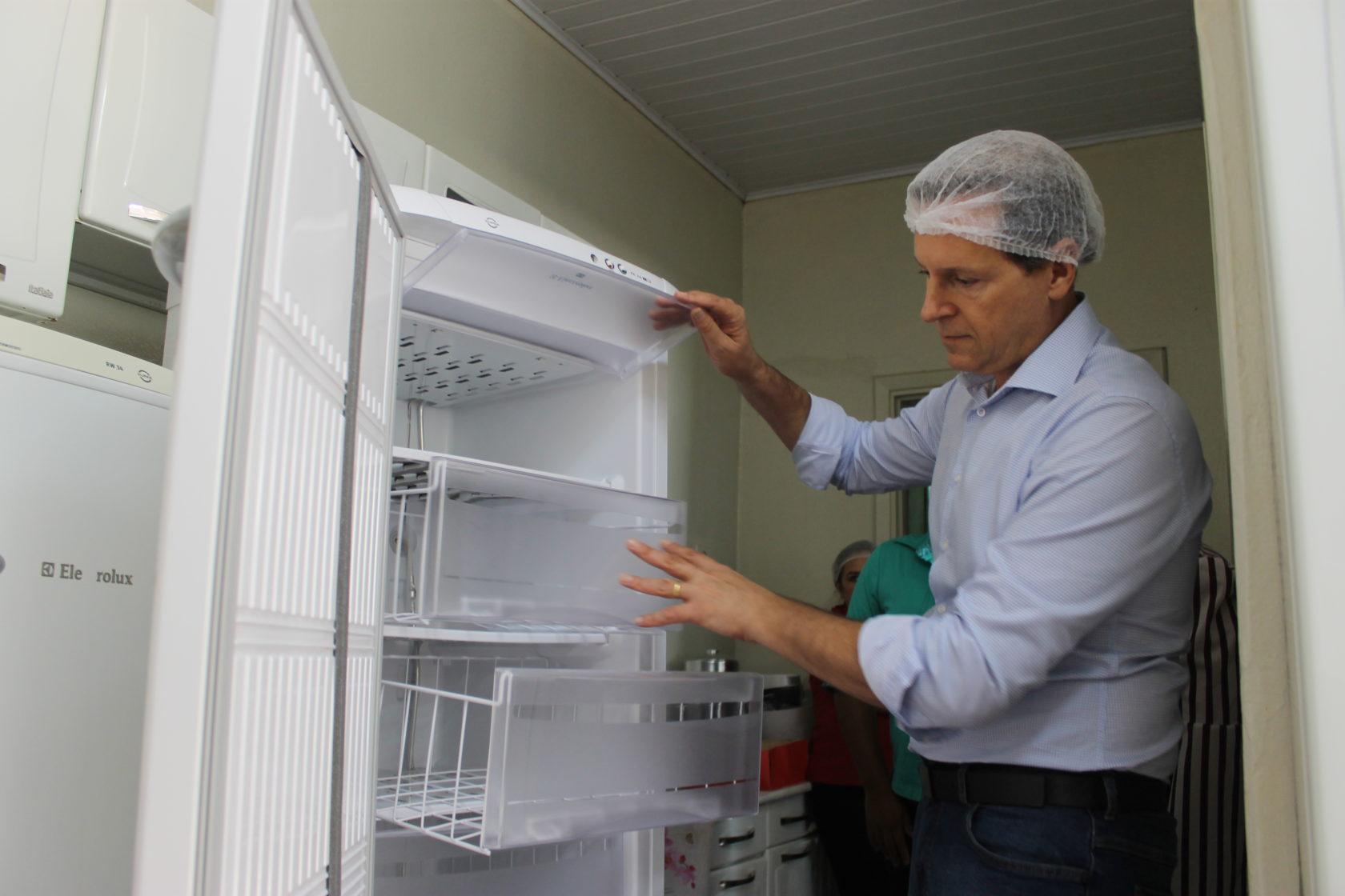Rede Municipal de Ensino de Itararé (SP) recebe 28 freezers novos