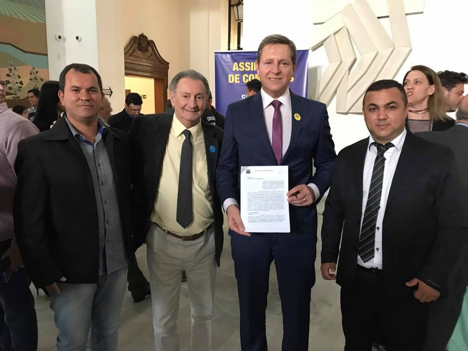 Prefeito de Itararé assina mais R$ 200 mil à Saúde do município