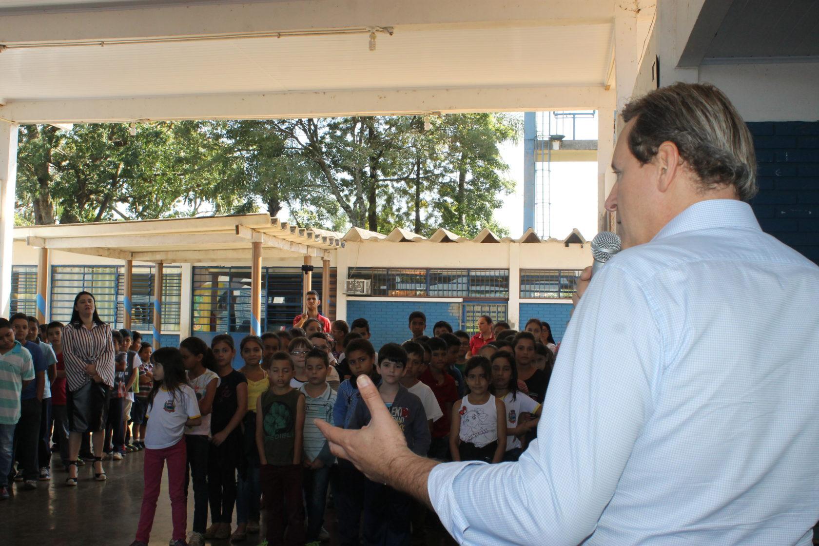 Recesso escolar da Rede Municipal de Ensino em Itararé (SP) começa dia 23