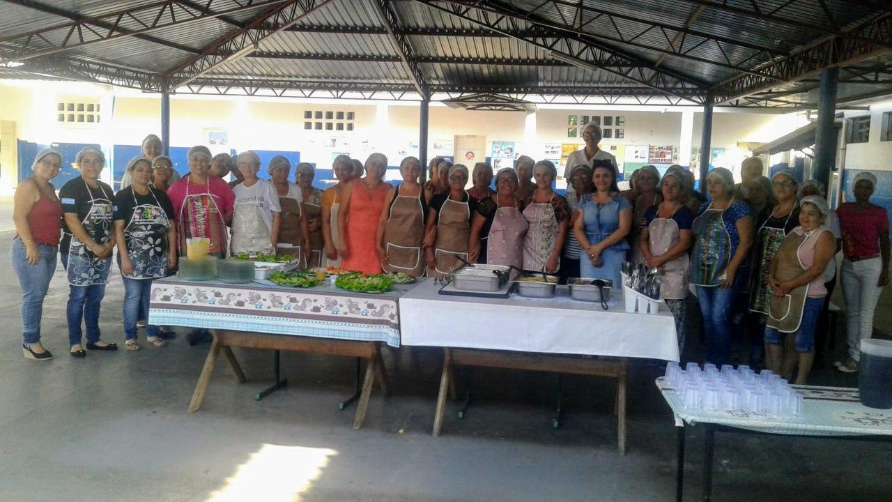 Funcionários da Rede Municipal de Ensino de Itararé (SP) participam de Workshop da Alimentação