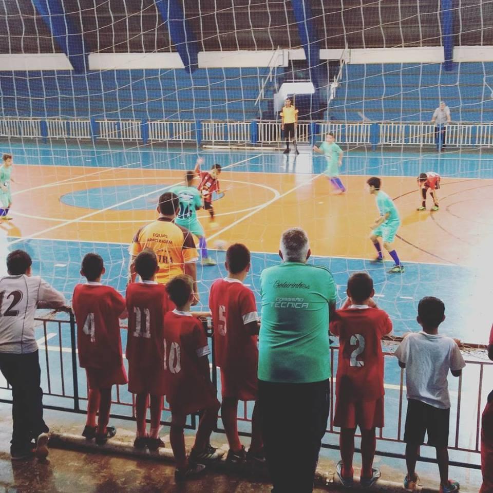 Campeonato de Futsal infantil tem finais definidas em Itararé (SP)
