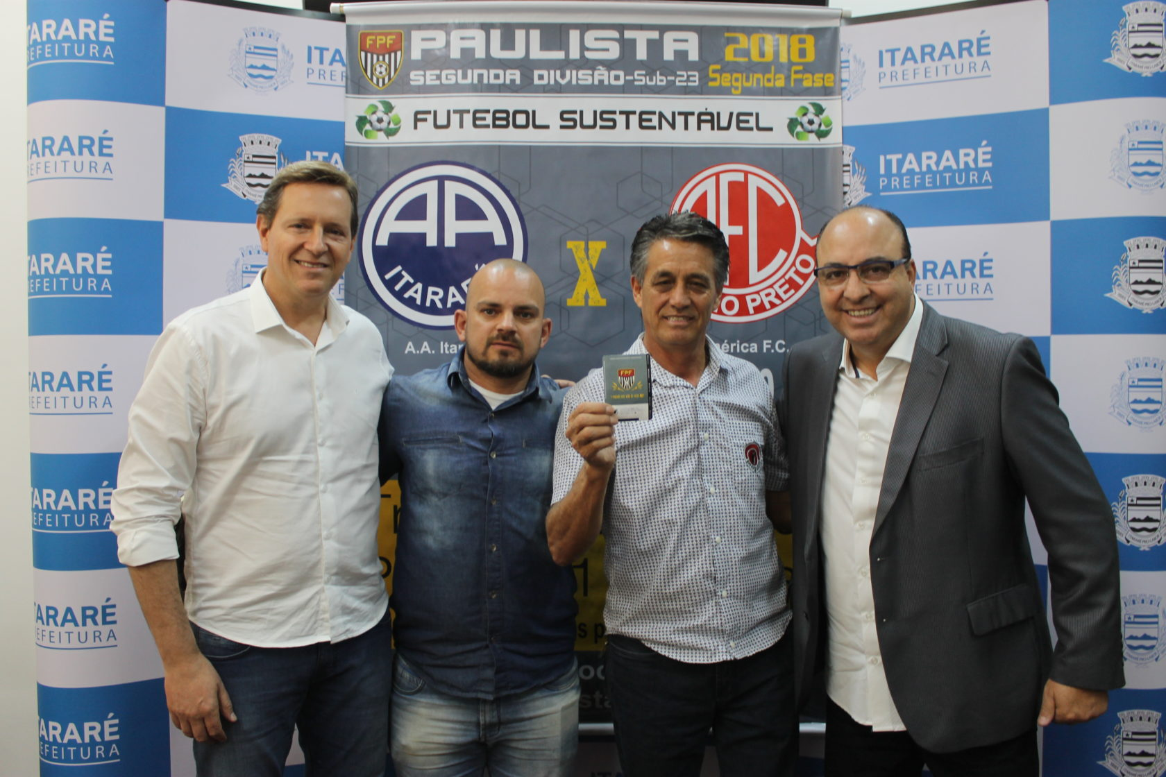 Em parceria com a FPF, prefeito de Itararé (SP) lança projeto 'Futebol Sustentável'