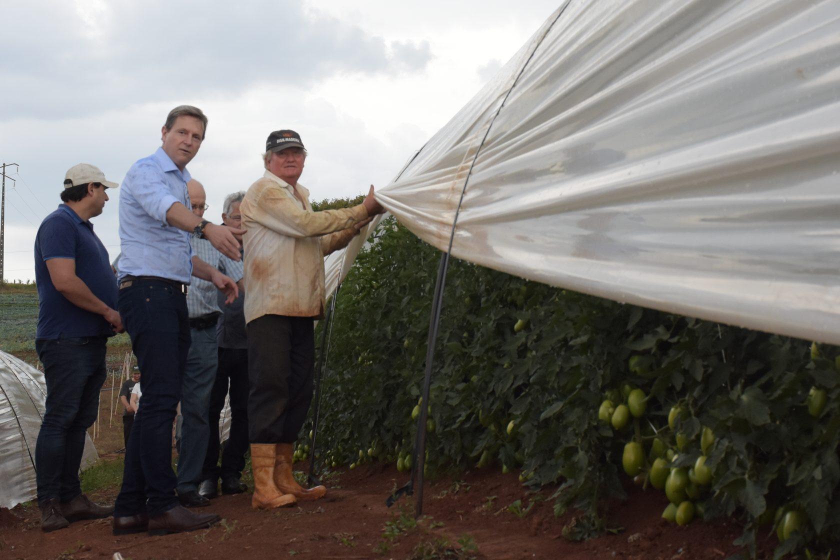 Prefeitura de Itararé (SP) presta orientação à população rural para conservação do solo
