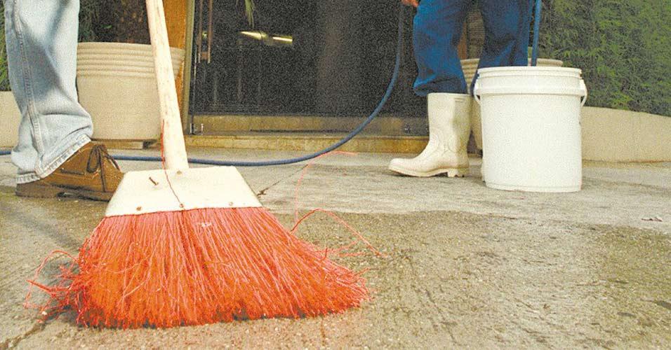 Prefeitura irá multar quem desperdiçar água