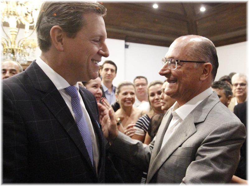 Prefeito de Itararé, Heliton do Valle, participa de reunião no Palácio dos Bandeirantes com Geraldo Alckmin