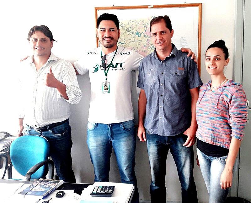 Heliton do Valle busca parceria para atendimento aos animais de rua