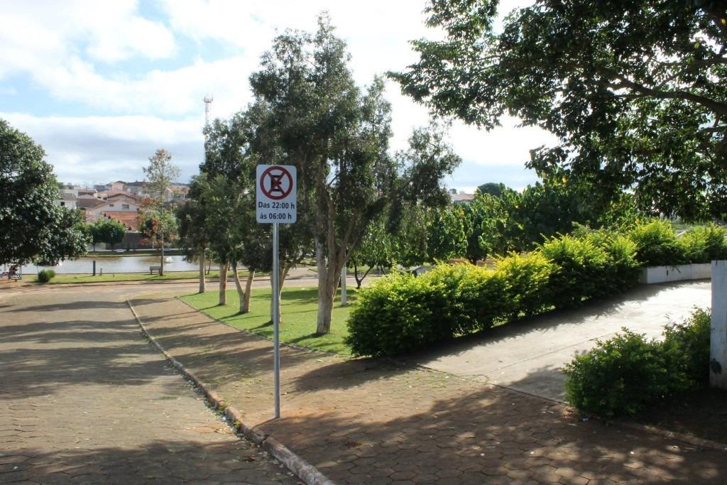 Demutran regulariza horário de estacionamento em Praças