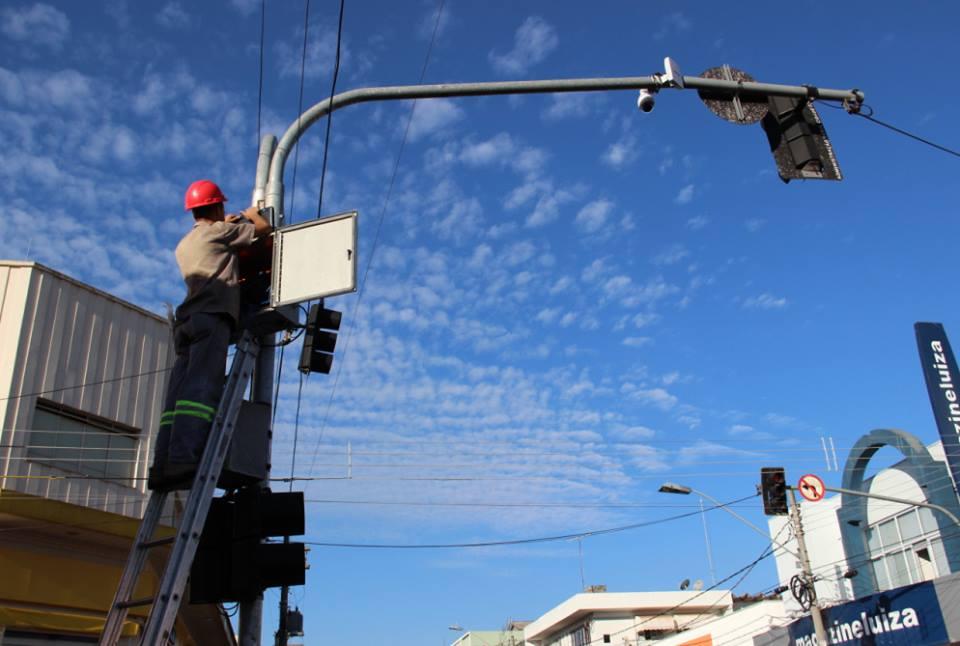 Câmeras de monitoramento começam a ser instaladas em Itararé