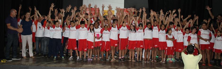 Prefeitura Municipal renova convênio esportivo com o SESI e indústrias locais