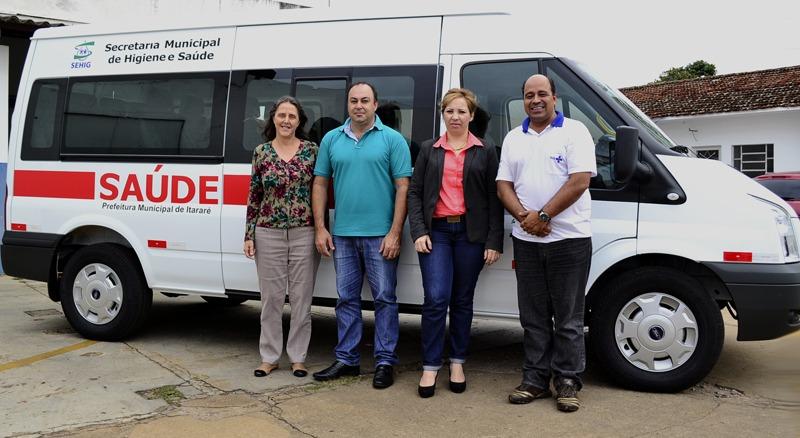 Itararé conta com novo veículo para o transporte de pacientes
