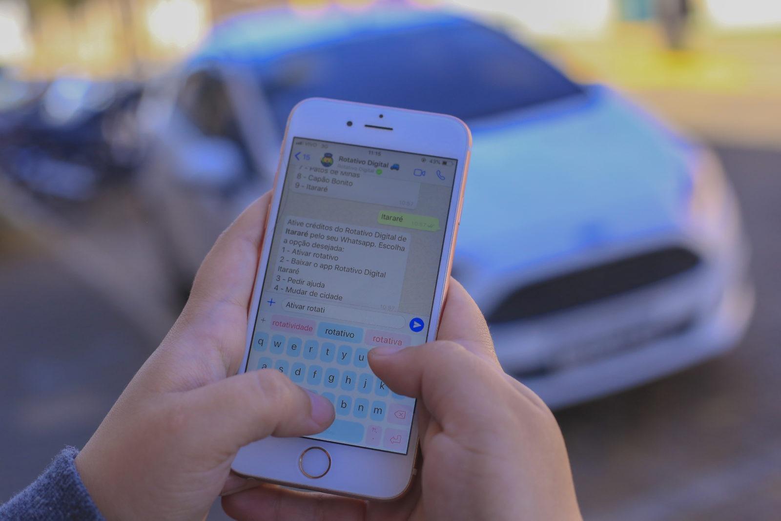 Em Itararé (SP), ativação de créditos para a Zona Azul pode ser feita pelo WhatsApp
