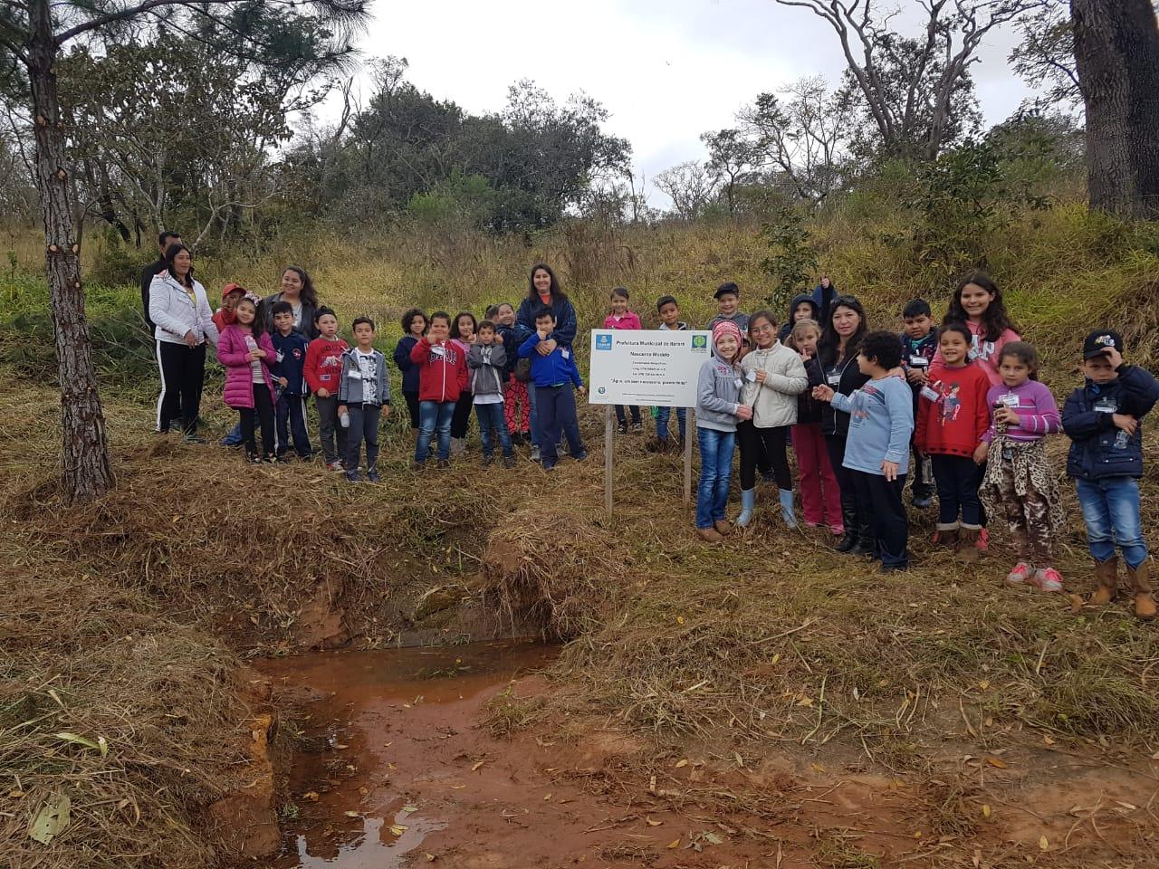 Em Itararé (SP), alunos da Rede Municipal de Educação visitam nascente modelo