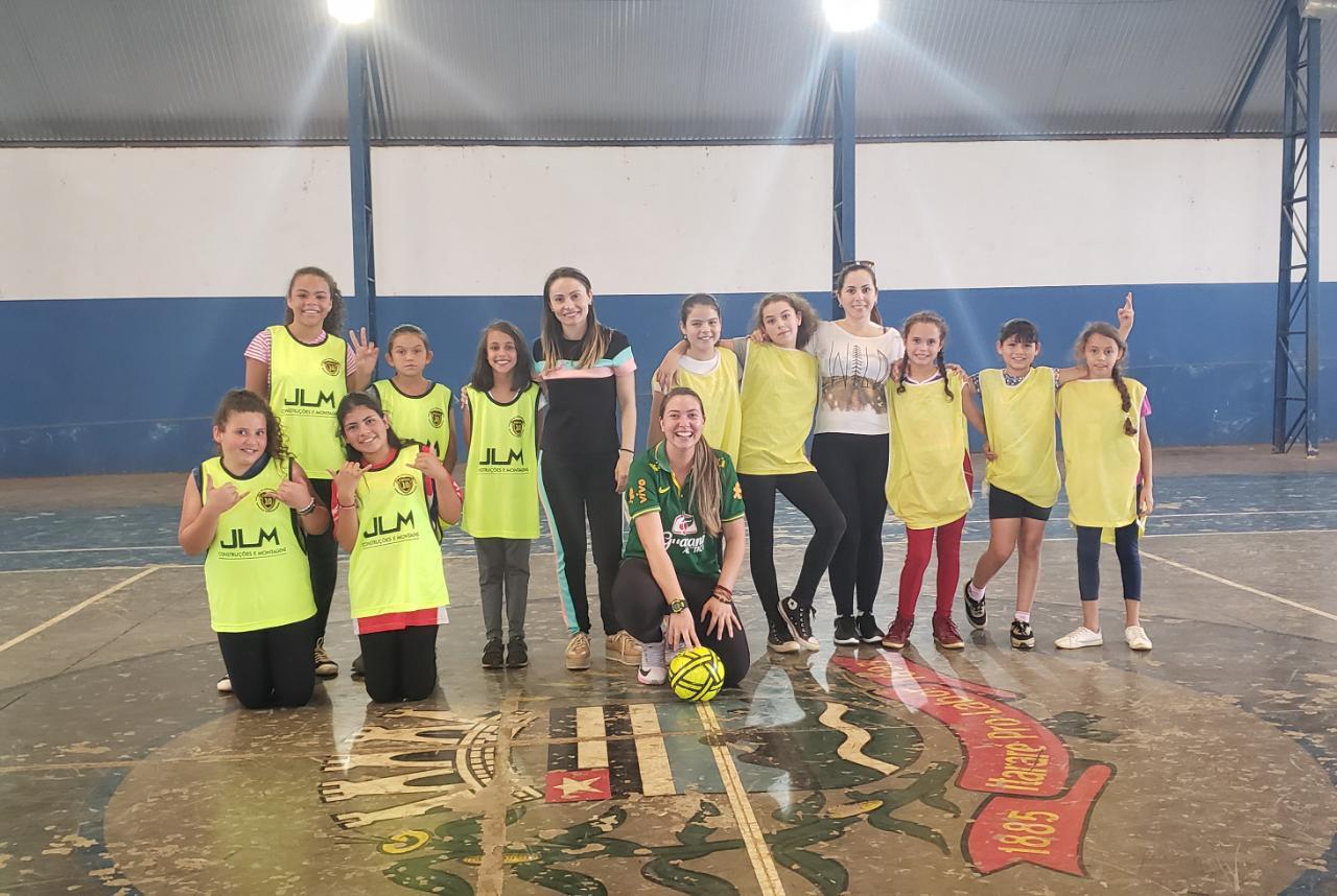 Em Itararé (SP), Rede Municipal de Ensino comemora semana da criança com jogos interescolares